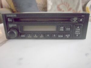 RADIO AUTO MAZDA AM / FM/ CD & AUTRES