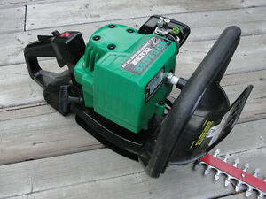 Gas Powered hedge Trimmer by Weed Eater $75.00 Belleville Belleville Area image 5