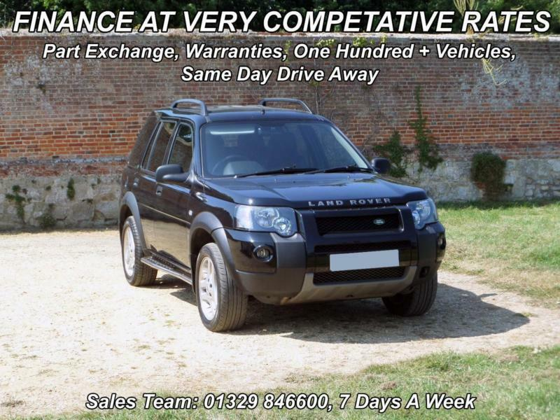 BLACK Land Rover Freelander 2.0 TD4 automatic