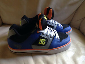 DC shoes size 7 London Ontario image 1