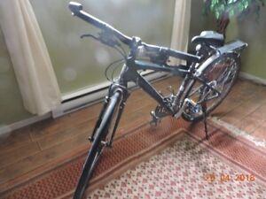 Vélo hybride Trek performant 7.4