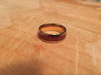 Gold ring with wood inlay