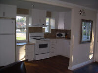 Gananoque Executive Townhouse -Fully Furnished