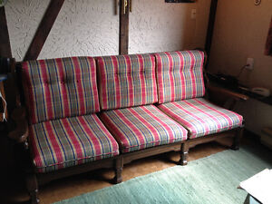 Solid, spotless, 3-seater couch