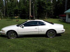 1996 Buick Riviera Coupe (2 door)