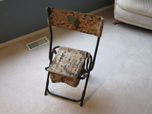 Folding hunting chair