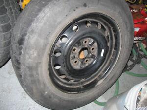 """4 x 15"""" Rims / Jantes 5x114.3, Center 60.1 + 4 Tires 205 70 15"""
