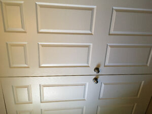 4 Interior doors with handles and hinges