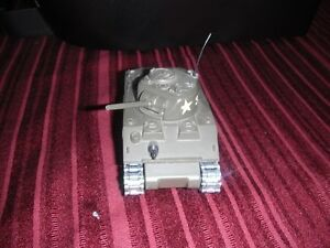 Diecast Military Tank Solido #231 (1972), Sherman M4 A3 Kingston Kingston Area image 2