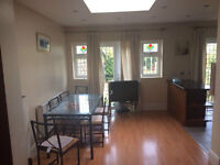3 BED HOUSE NEWLY DECORATED IN Manor Park