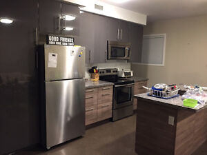 ONE BEDROOM FOR SUBLET IN A 3 BEDROOM APARTMENT!