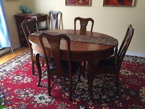 Antique dinning set