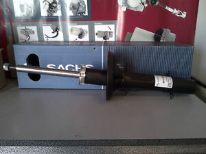 BBW sells Front Strut for Volkswagen Gatineau Ottawa / Gatineau Area image 1