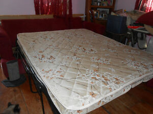 Queen size sofabed for sale Kawartha Lakes Peterborough Area image 3