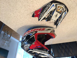 Casque motocrossTroy Lee Designs