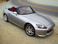 Looking to buy a 2001+ Honda S2000!