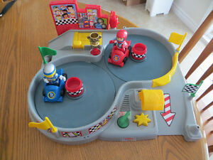 Fisher Price Spin'n Speed Raceway