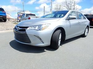 2017 Toyota CAMRY LE  CHECK OUT THE LOW KM'S!!!!!!