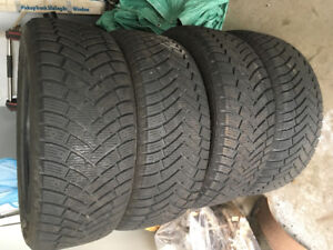 Winter tires 275/55R20