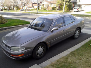 1992 Toyota Camry V6 Automatic Sedan with sun roof - 177688KM