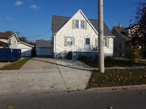3 bedroom main floor unit for rent available Dec. 1st