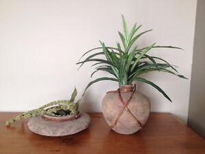 Pot / Vase en Terre Cuite  ***  Clay Decorative Pot / Vase