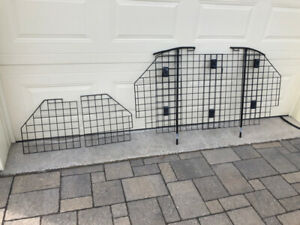 Barrière de chien/Grid Pet Vehicle Barrier for SUVs