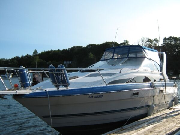 1988 Bayliner 2655 Sunbridge