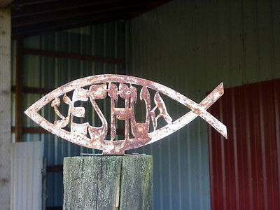 Rusty Metal Messianic Christian Yeshua Jesus Fish Yard Fence Outdoor Art Decor