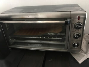 Toaster Oven (Black & Decker)