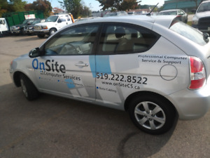 2009 hyundai accent **  includes safety certificate **