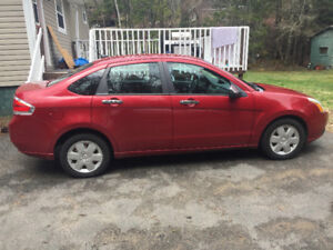 09 Ford Focus!! Low kms and great on gas