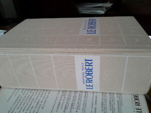 Le Petit Robert French dictionary