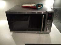 De'Longhi Am925Eby 25L Solo Microwave - Silver. Perfect working order