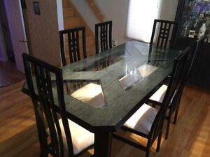 """Italian solid wood dining room  table with 6 chairs from """"Lida"""" West Island Greater Montréal image 2"""