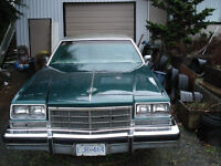 Antique 1977  Buick Electra /  Park Avenue,  402 Olds Engine