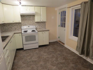 2 Bedroom Apartment near downtown and Oshawa Center