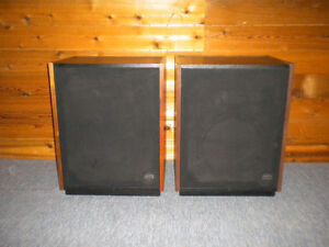 Altec Lansing Santana II Speakers