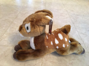 Brand New Hallmark Papyrus Baby Fawn. (Bambi)