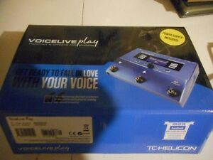 VoiceLive-Play-Vocal-Harmony-amp-Multi-Effects pprocessor pedal