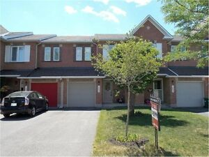 Beautiful townhouse for Rent in Orleans (Avalon) 3 bedrooms