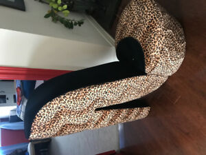 Shoe Leopard Chair