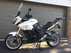 2007 TRIUMPH TIGER 1050 - - IMMACULATE & LOADED