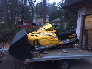 2001 MXZ 700 & Ez Tow Tilt trailer  Kawartha Lakes Peterborough Area image 6