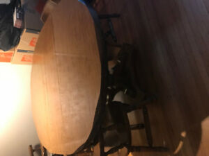 Wooden Dining Room Table MUST GO!