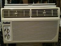 Air climatisé,  8000 BTU