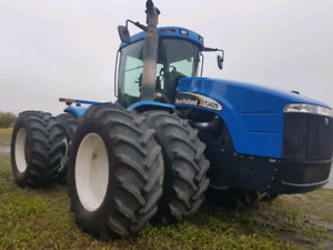 New Holland TJ 425 tractor