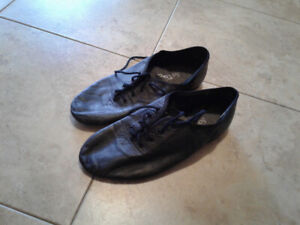 Women's size 6.5 leather jazz shoes
