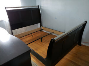 Queen Size Bedset (You Pickup)