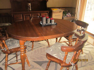 SOLID PINE DINING SET & BUFFET AND HUTCH